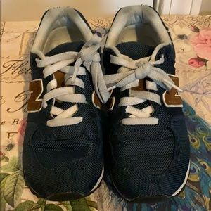 Boys New Balance Shoes Size 2